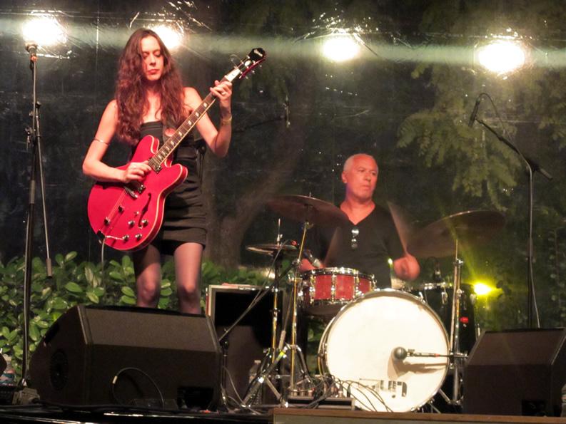 Nuit du Blues Tournai (BEL) 2011 - Tia and the Patient Wolves