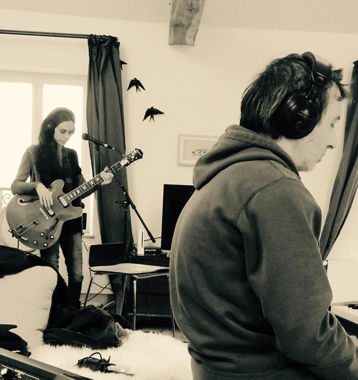 Recording new album - Tia, Emmanuel Borghi